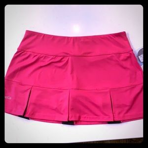 Bolle' Fushia pleated tennis skirt